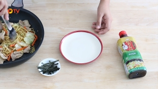 one minute cooking (ยากิโซบะ By Maeban TV) วันที่ 22 พฤษภาคม 2559