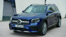 The new Mercedes Benz GLB Design in Blue