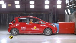Toyota Yaris Crash Tests 2017 en