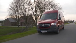 Mercedes Benz Sprinter 314 CDI Panel Van Jupiter Red Driving Video