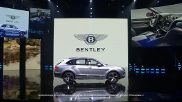 The new Bentley Bentayga V8 premiere on the eve of Auto China 2018 en 28 ก.ย. 2561