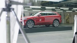 2018 Jaguar F PACE painted in light film en 5 มิ.ย. 2561
