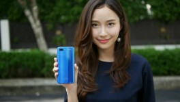 Honor 10 x May Sitapha 1 มิ.ย. 2561