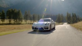 Porsche Panamera Turbo S E Hybrid Sport Turismo Digital Press Conference en 22 ก.ค. 2561