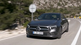 The new Mercedes Benz A 180 d Driving Video 27 ธ.ค. 2561