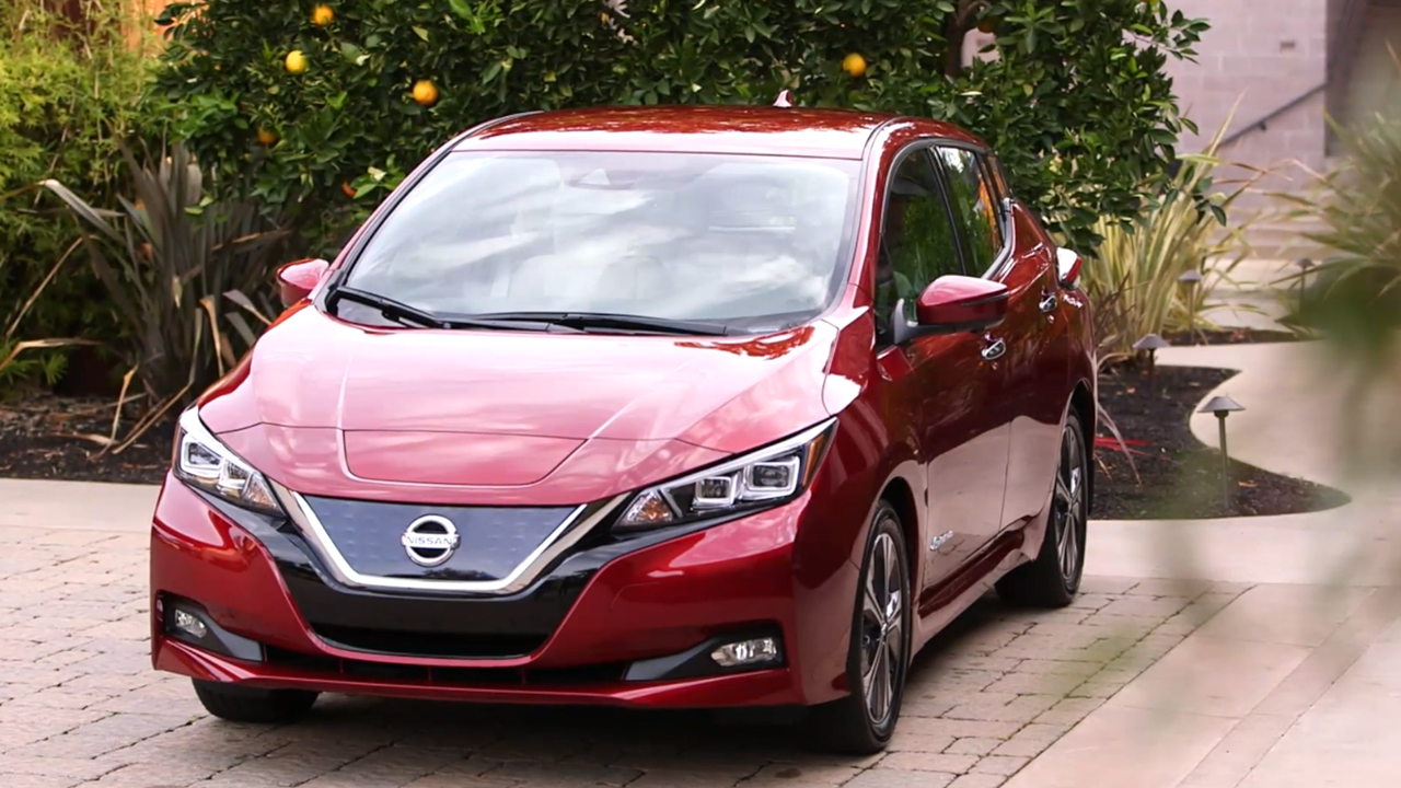 2018 Nissan LEAFs Design Preview