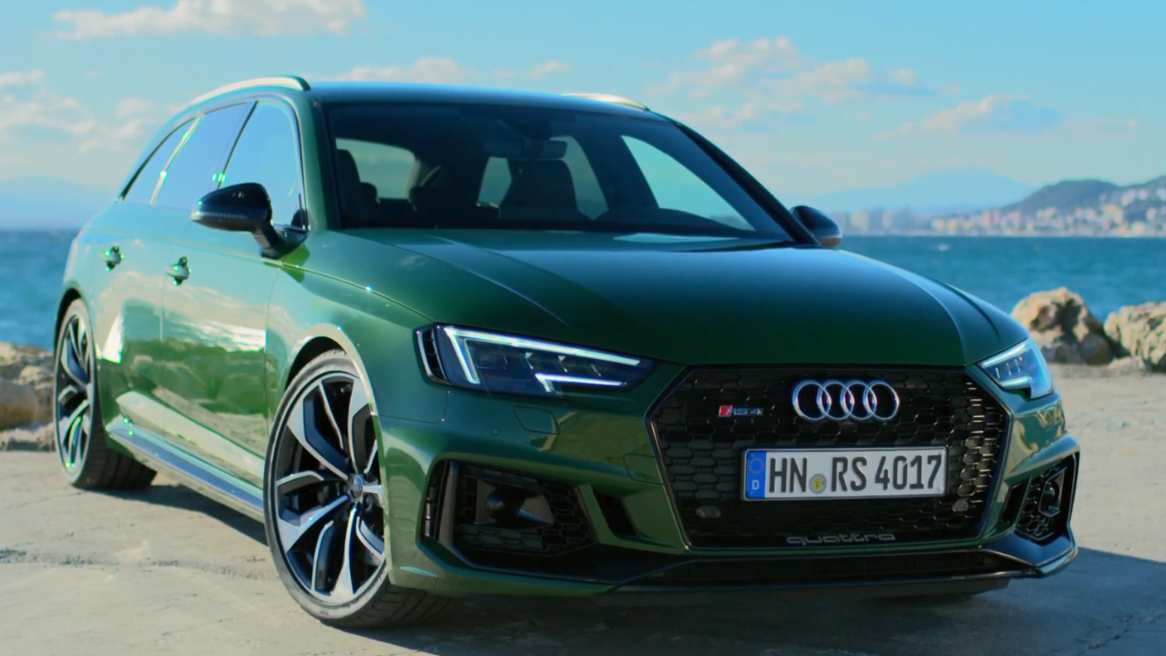 Audi RS4 Green Exterior Design