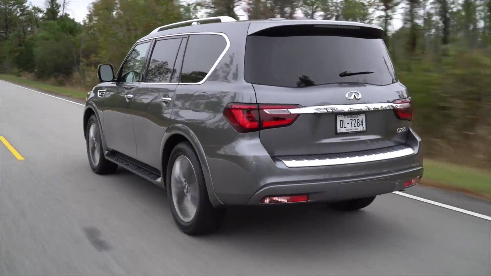 2018 INFINITI QX80 in Graphite Shadow Driving Video