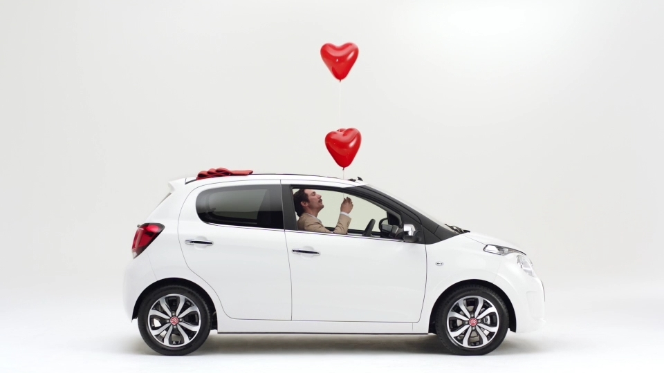 Citroen First Dates She Loves Me She Loves Me Not en