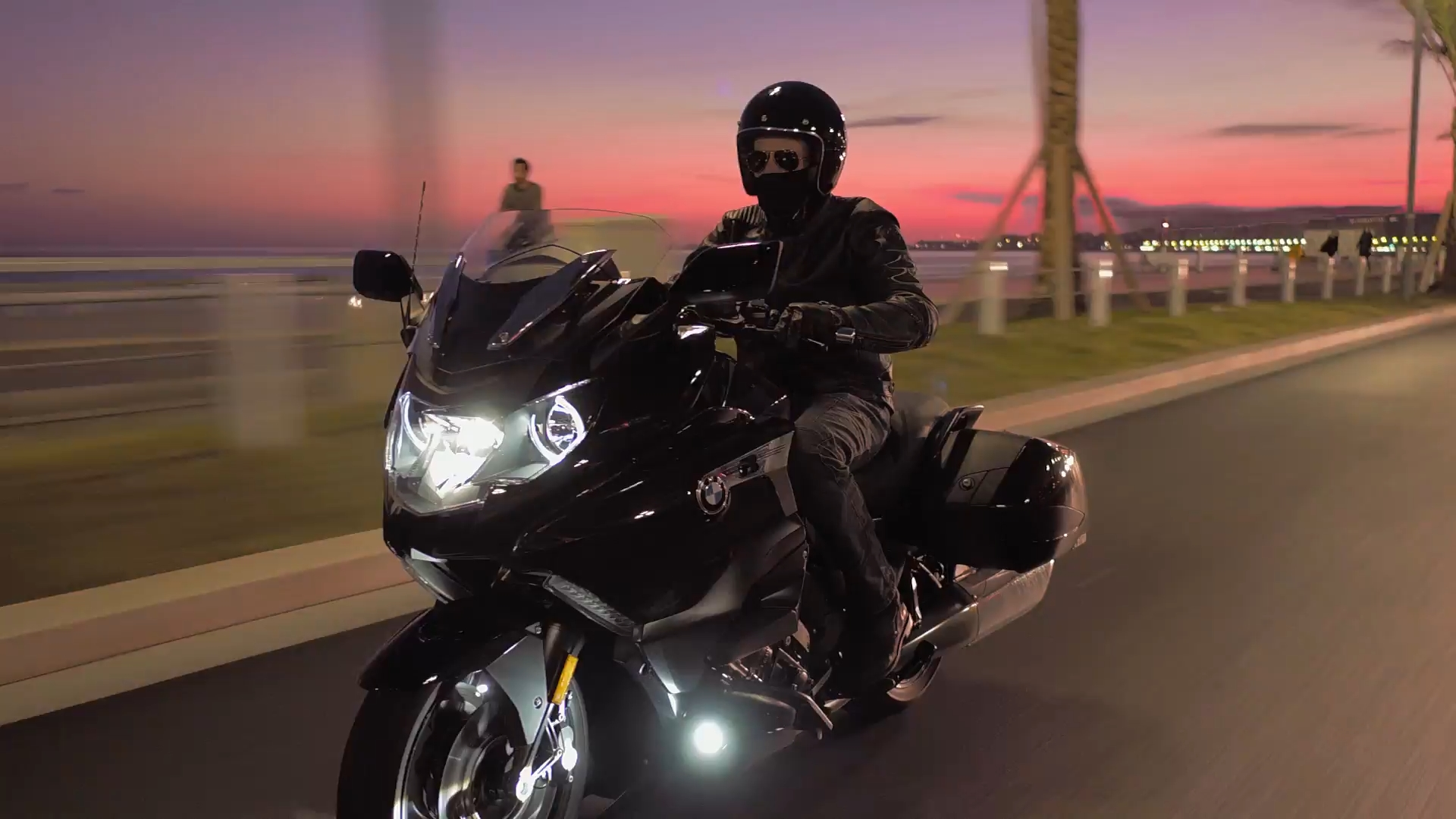 The new BMW K 1600 B