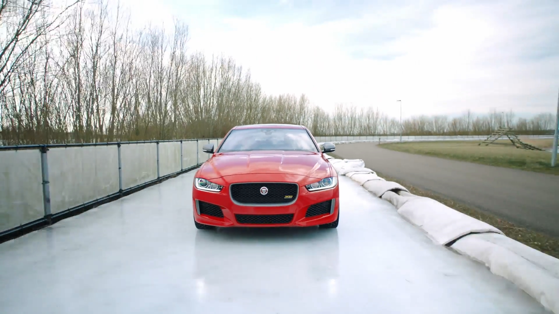 Jaguar XE 300 Sport Ice Track Trailer